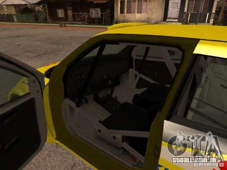 Suzuki Swift Rally para GTA San Andreas vista interior