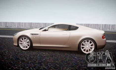 Aston Martin DB9 2005 V 1.5 para GTA 4 esquerda vista