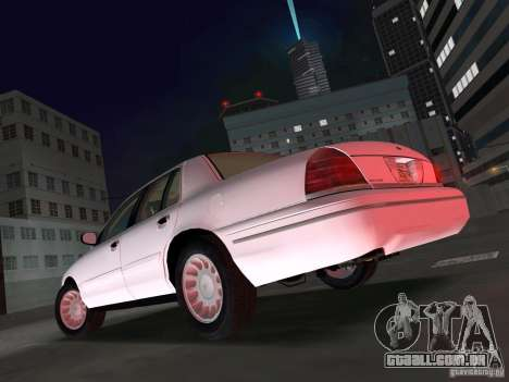 Ford Crown Victoria para GTA Vice City deixou vista