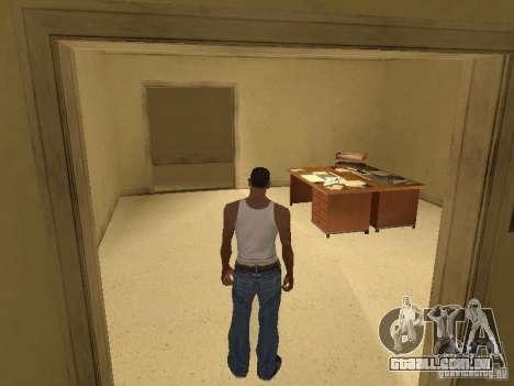 A entrada para o Hospital de Los Santos para GTA San Andreas por diante tela
