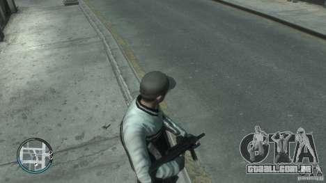 AUG-A3 para GTA 4 segundo screenshot