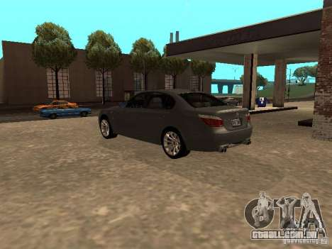 BMW M5 E60 2009 v2 para GTA San Andreas traseira esquerda vista