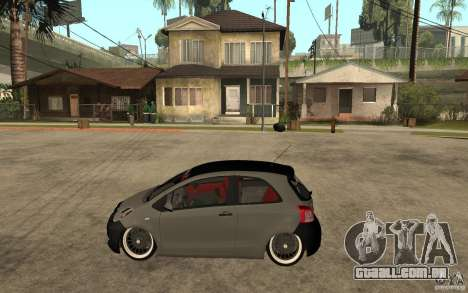 Toyota Yaris II Custom para GTA San Andreas esquerda vista