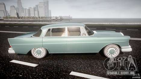Mercedes-Benz W111 v1.0 para GTA 4 vista lateral