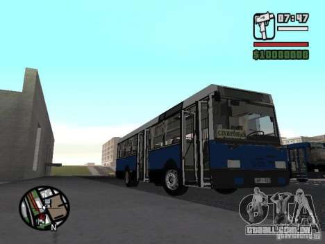 Ikarus 415.02 para GTA San Andreas traseira esquerda vista