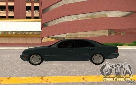 Mercedes Benz E420 W210 para GTA San Andreas vista traseira