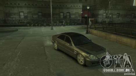 Mercedes Benz S550 para GTA 4 vista direita