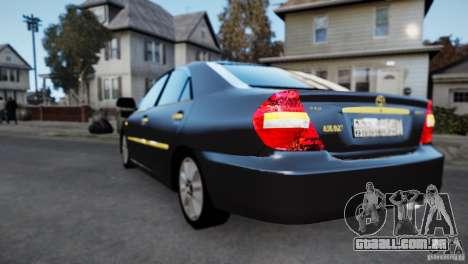 Toyota Camry 2004 para GTA 4 traseira esquerda vista