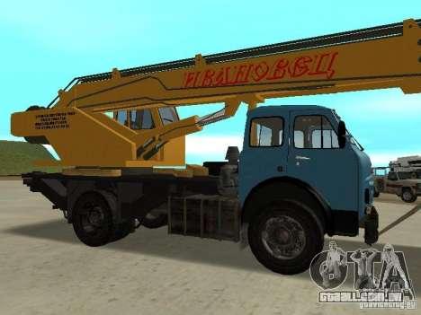 MAZ KS3577-4-1 Ivanovets para GTA San Andreas vista direita