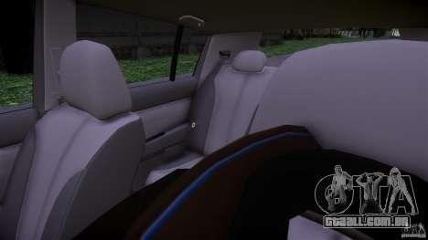 Nissan Versa para GTA 4 vista interior