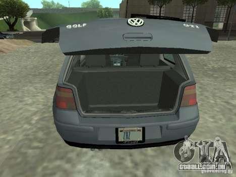 Volkswagen Golf IV para GTA San Andreas vista traseira