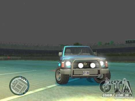 Nissan Safari 1992 para GTA 4 vista direita