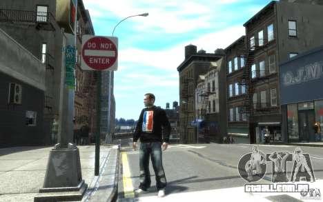 Jeans e uma t-shirt para Nico para GTA 4