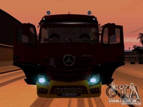 Mercedes Benz Actros MP4 para o motor de GTA San Andreas