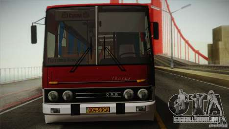 IKARUS 255.01 para GTA San Andreas vista traseira