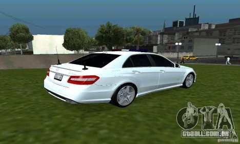 Mercedes-Benz E63 DPS para GTA San Andreas vista direita