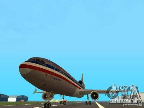 McDonell Douglas MD11 American Airlines para GTA San Andreas vista traseira