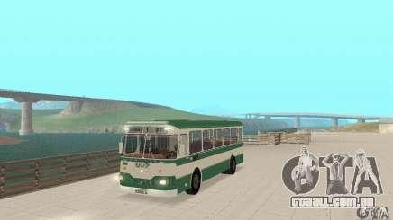 V. 1.1 LIAZ 677 para GTA San Andreas