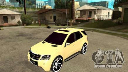 Mercedes-Benz ML 63 AMG para GTA San Andreas