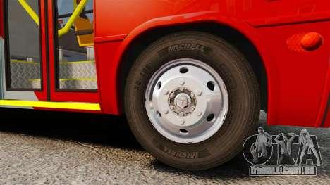 Mercedes-Benz Neobus Thunder LO-915 para GTA 4 vista lateral