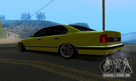 BMW M5 E34 IVLM v2.0.2 para GTA San Andreas traseira esquerda vista