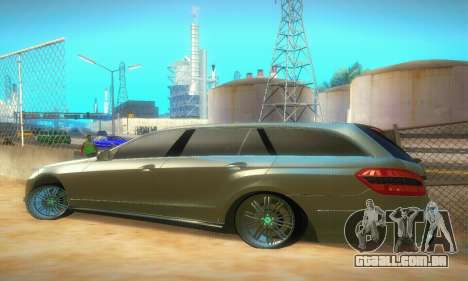 Mercedes-Benz E350 Wagon para GTA San Andreas vista direita