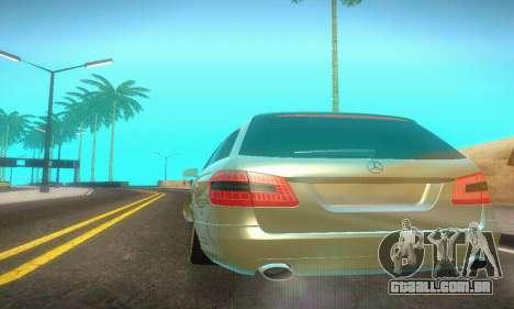 Mercedes-Benz E350 Wagon para GTA San Andreas vista interior