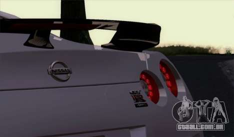 Nissan GT-R Carbon para GTA San Andreas vista direita