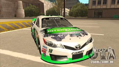 Toyota Camry NASCAR No. 18 Interstate Batteries para GTA San Andreas esquerda vista
