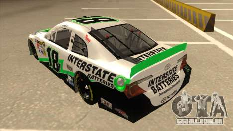 Toyota Camry NASCAR No. 18 Interstate Batteries para GTA San Andreas vista traseira