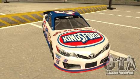 Toyota Camry NASCAR No. 47 Kingsford para GTA San Andreas esquerda vista