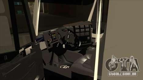 Oi-terra caminhão Iveco para GTA San Andreas vista interior