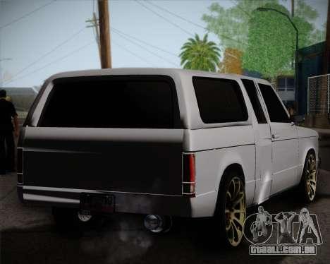 Isuzu KB para GTA San Andreas traseira esquerda vista