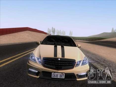 Mercedes-Benz E63 AMG 2011 Special Edition para GTA San Andreas vista direita