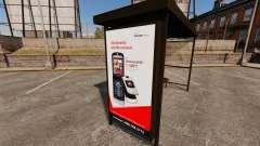Novos cartazes de publicidade nas paragens de au