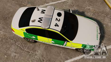 BMW 330i Ambulance [ELS] para GTA 4 vista direita
