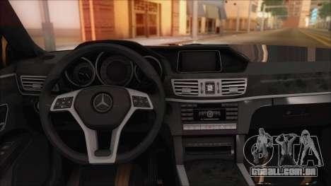 Mercedes-Benz E63 AMG 2014 para GTA San Andreas vista superior