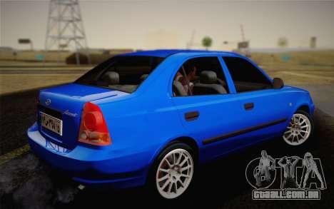 Hyundai Accent Admire 2004 para GTA San Andreas esquerda vista