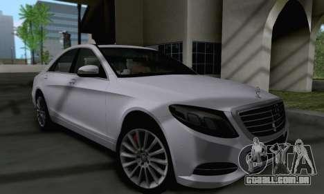 Mercedes-Benz W222 para GTA San Andreas esquerda vista