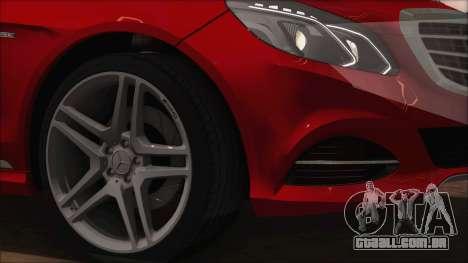 Mercedes-Benz E63 AMG 2014 para vista lateral GTA San Andreas