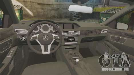 Mercedes-Benz E63 AMG 2014 para GTA 4 vista interior