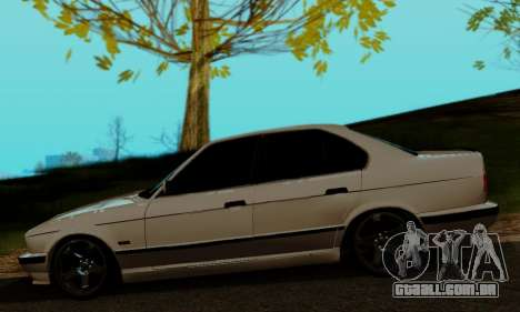 BMW 525 Re-Styling para GTA San Andreas traseira esquerda vista