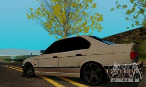BMW 525 Re-Styling para GTA San Andreas vista direita