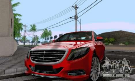 Mercedes-Benz W222 para GTA San Andreas traseira esquerda vista
