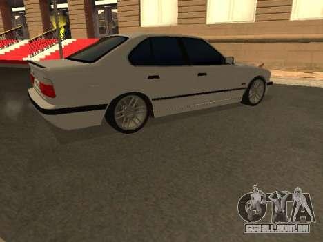BMW 525 Smotra para GTA San Andreas vista interior