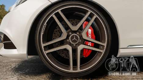Mercedes-Benz E63 AMG 2014 v2.0 para GTA 4 vista de volta