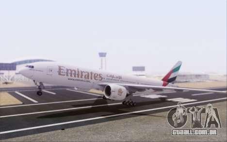 Emirates Airlines 777-200 para GTA San Andreas traseira esquerda vista