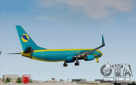 Boeing 737-800 AeroSvit Ukrainian Airlines para GTA San Andreas esquerda vista