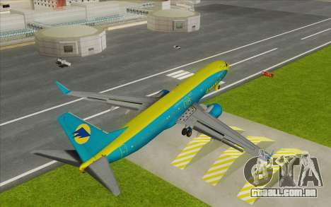 Boeing 737-800 AeroSvit Ukrainian Airlines para GTA San Andreas traseira esquerda vista