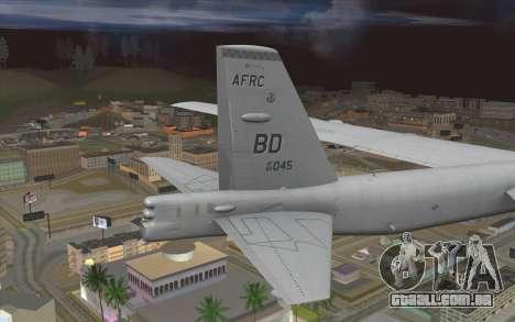 Boeing B-52H Stratofortress para GTA San Andreas traseira esquerda vista